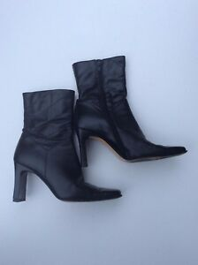 LINEA LESA Ladies Black ankle side zip Cuban high heel boot Size UK 2.5 / EU 35
