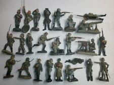 Konvolut 25 alte Elastolin Durolin Papelin Schusso Leyla Massesoldaten zu 7.5cm