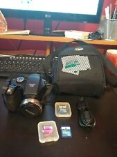 Fuji FinePix S700 Never Refurbished, EXCELLENT CONDITION, memory cards, case