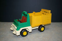 VINTAGE 1979 'FISHER PRICE' GREEN TOY PICKUP TRUCK NUMBER 330
