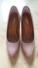 WOMENS HOBBS NUDE PATENT COURT SHOES  SIZE 5