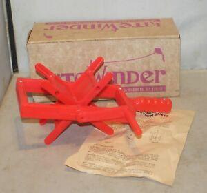VTG Kite Winder in Box Headquarters & Manufacturing USA Plastic