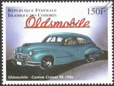 1946 OLDSMOBILE Custom Cruiser 98 Classic Car / Automobile Stamp (1998 Comoros)