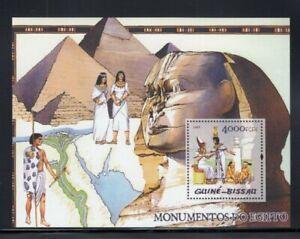 GUINEA BISSAU Giza Pyramids & Great Sphinx MNH souvenir sheet