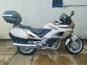 HONDA DEAUVILLE NT650V HPI CLEAR RUNNING SPARES OR REPAIRS PROJECT