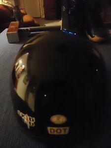 Skid Lid Gloss Black Motorcycle Helmet Sz S 55-56cm Half Helmet DOT
