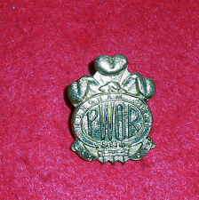 BE137 Canadian Prince of Wales Own Regiment cap badge