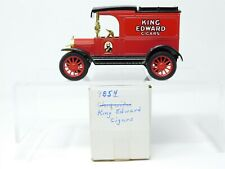 1/25 Scale Ertl 9854 King Edward Cigars Ford 1913 Model T Van Coin Bank