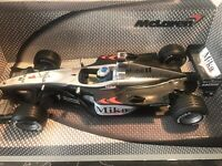 Hot Wheels McLaren MP4-15 2000 Mika Hakkinen Very Rare  Esc 1/24