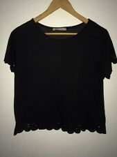 Atmosphere T-Shirt Top Scalloped Edge Cut Out Detail In Size 14 <R3579
