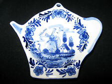 Holland Souvenir Delft Blue Handpainted 052043 Windmill Floral White & Blue Tea