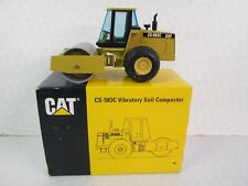 NZG. CAT CS-583C Vibratory Soil Compactor 1:50 scale. 4021.