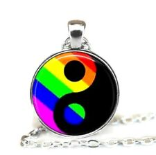Halskette Anhänger LGBT Regenbogen Yin Yang Lesbisch Gay Homo Trans Schmuck