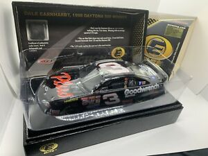 Very Rare 1/24 Dale Earnhardt 1998 Daytona 500 Race Win raced version elite