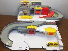 Hot Wheels Car Wash & Service Station Center Playset Mattel 2015