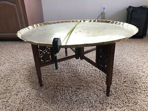 VINTAGE MOROCCAN SERVING BRASS TEA TRAY HAMMERED BRONZE SOLID TABLE LEGS FEZ