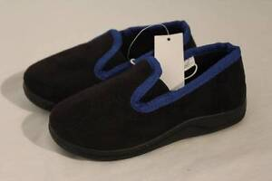 NEW Toddler Boys House Shoes Small 5 - 6 Slip On Black Blue Slippers Hard Sole