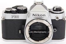 Cámara SLR Nikon FE2-legendario 35 mm Cuerpo y Correa solamente. Perfecto para un estudiante!!!