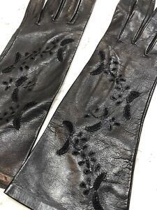 Vintage Black Leather Gloves from Italy size 6 1/2  decorated short Madova