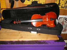 4/4 Geige mit Bogen und Koffer