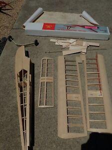 Hobby Lobby Telemaster 40 Plane Kit R/C Radio Control Air plane wood Kit