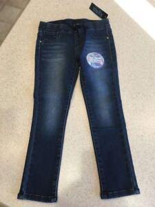 NWT Girl's Squeeze Denim Size 5 Knit Denim Super Soft 5 Pocket Blue Jeans