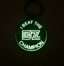 I Beat The Champion - Bz - Glow-In-The-Dark Metal Key Ring - Slot Cars