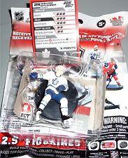 """WILLIAM NYLANDER Toronto Maple Leaf 2.5"""" NHL Imports Dragon 2016-17 Figure LOOSE"""