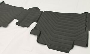 TOYOTA FORTUNER FLOOR MAT REAR RUBBER 2ND ROW FROM AUG 2015> NEW GENUINE