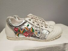 Wanted Shoes Women Floral Print Size 8.5 Jazz Leather White Silver Lace Up EUC
