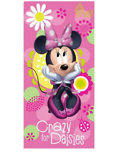 Disney Minnie Mouse Crazy for Daisies Velour Towel 28x58 Beach BathTowel