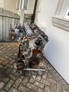 Jaguar XJ6 Engine 3.4 with Carbs Turns freely by hand