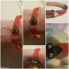 bracelet jonc Ovale Laqué Émail Orange  Cadenas Noir Plaque Or Ref HERM