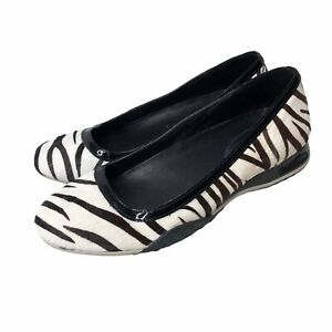 Cole Haan Nke Air Womens Flats Zebra Print Slip On Shoes Casual Spring Size 6.5