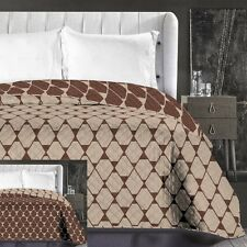 Reversible Geometric Beige Brown Chocolate Easy-Care Bedspread Size 240 x 260 cm