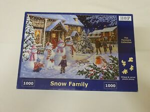 House of Puzzles 1000 piece jigsaw 'Snow Family'