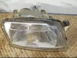 1999-2003 SAAB 9-3 passenger right Headlight assy with bulbs. Glass