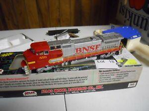 Lot 18: Atlas BNSF  #558 Dash 9-408B  Diesel Locomotive DCC HO scale
