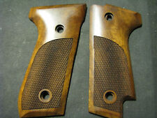 Pistol Grips for Beretta 92S ONLY French Walnut Checkered w/o Logo SWEET NEW!