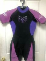 Women's Pro Am Series Wet Suit by Heat Wave Size 11/12 shortie