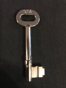 CYG71364BK Lock MP10 EuroSpec Door Locks in Black Key // Thumb