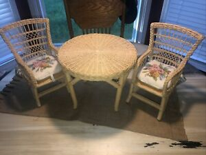 American Girl Pleasant Company Samantha's Wicker Table and Chair