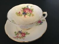 BONE CHINA ENGLAND CUP & SAUCER by COLLINGWOODS FLORAL PINK ROSES GOLD TRIM