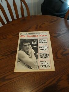 FEBRUARY 17,1968-THE SPORTING NEWS-DON MAY OF THE DAYTON FLYERS(NEAR MINT)