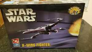 AMT STAR WARS X-WING FIGHTER SPACE SHIP  SCALE MODEL KIT