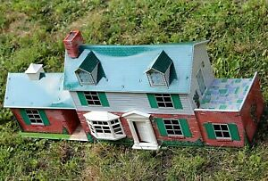 MARX DOLLHOUSE RARE! 7 rooms w/ dormers breezeway & game room 50 pc FURNITURE
