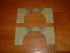 2 HORNBY SKALEDALE STONE TUNNEL ENTRANCES. OO Gauge