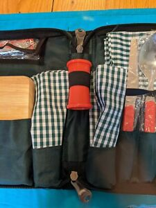 VINTAGE Him & Her Coleman Picnic Set Tote Never Been Used Wilderness Beach Ready