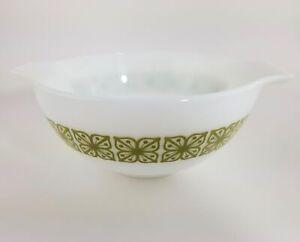 Vintage Pyrex Cinderella Mixing Bowl 442 Square Flower Verde Green 1-1/2 Qt