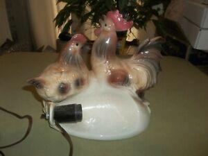Vintage Rare Maddux Of California Ceramic Chickens TV Lamp Collectible !